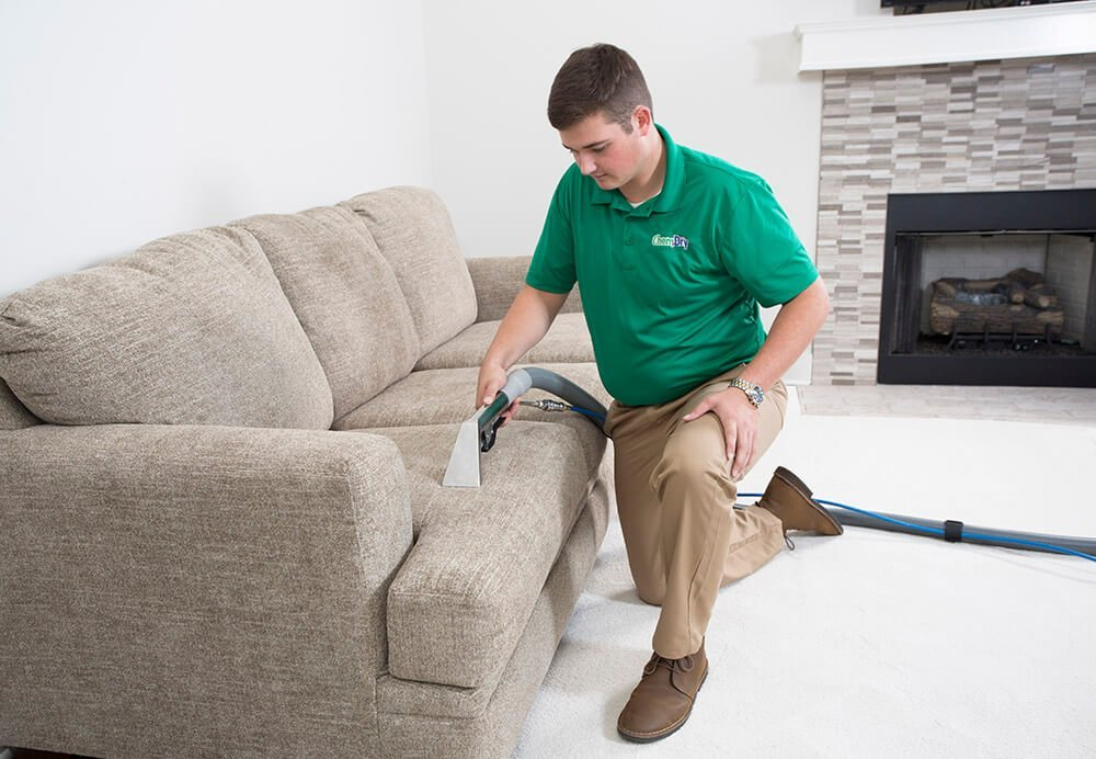 chem-dry tech performing an upholstery cleaning in long beach, ca